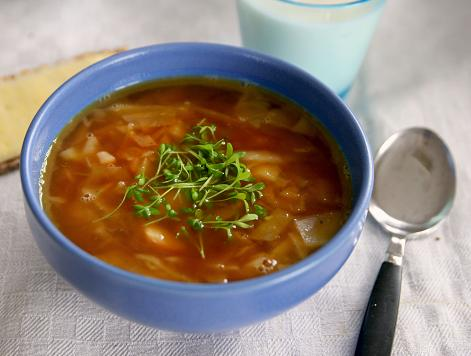 Mustig soppa på vitkål. vitkalssoppa.jpg