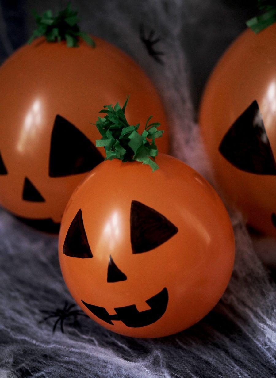 b5d503ff1702 Nu närmar sig Halloween med stormsteg! En rolig högtid för barn och alla  vuxna som älskar att pyssla med barn. Tillsammans med Panduro Hobby har jag  tagit ...