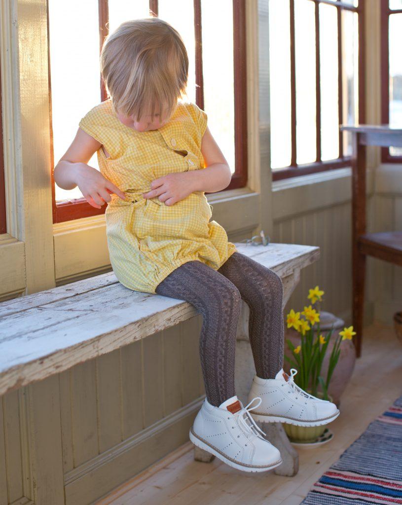 2b61e801434 Jag älskar skor av märket Kavat för deras höga kvalitet och fina  formgivning. Har man barn som kan ärva skorna av varandra är det alltid  prisvärt med ...
