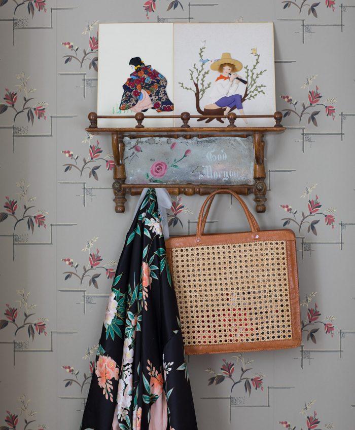 gammaldags tapet sandberg byggnadsvård järnsäng kimono palmgren väska